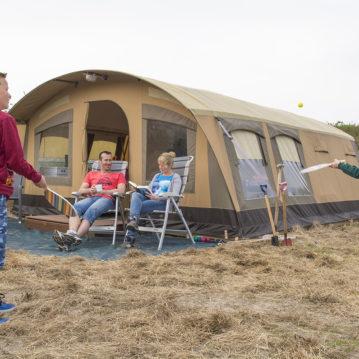 De Waard Tent met Familie