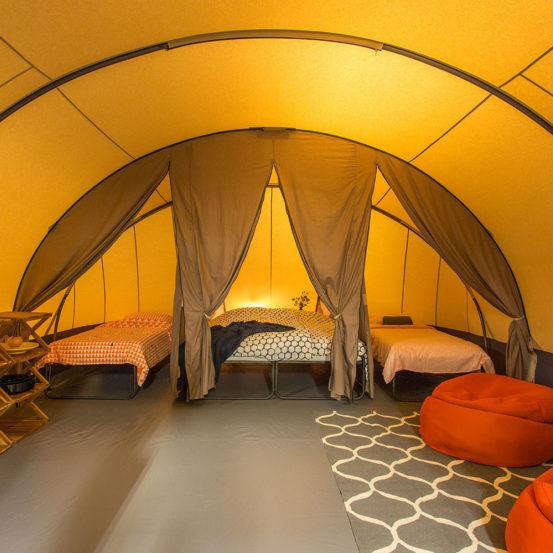 Tunnel tent binnenkant
